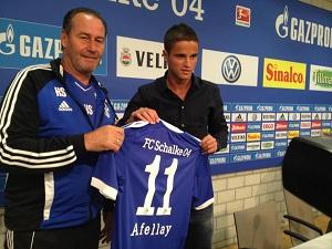 Afellay zaprezentowany w Schalke