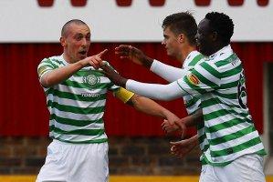 Celtic zwycięża i umacnia się na pozycji lidera