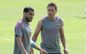 Alves i Adriano powołani do reprezentacji