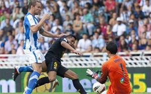 Claudio Bravo broni Alexisa