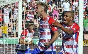 Floro Flores i Machís mogą zagrać na Camp Nou