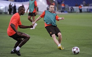 Iniesta i Abidal gwiazdami France Football