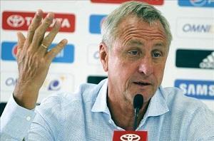 Cruyff: Barça ma wszystko na swoją korzyść