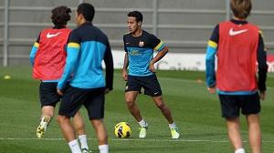 Thiago i Adriano wracają do treningów z drużyną