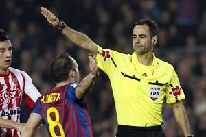 Znany arbiter spotkania Barcelona-Alavés