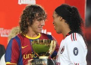 FC Barcelona uhonoruje Ronaldinho