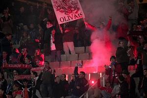 Kibice Benfiki wydaleni z Camp Nou