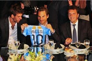 Federer: Ja i Messi pokazaliśmy, że to może pomóc odnieść sukces