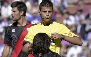 Znany arbiter spotkania Barça-Espanyol