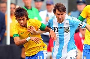 Neymar i ryzyko gry z Messim