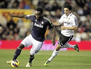 Essien-Varane-Albiol-Arbeloa, obrona Realu na mecz z Barça