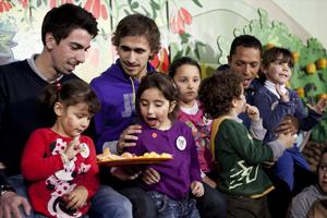 Muniesa, Cuenca i Adriano na spotkaniu z dziećmi