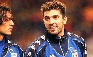 Buffon: Mogłem podpisać kontrakt z klubem w 2001