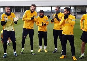 Gratulacje dla Puyola i Piqué