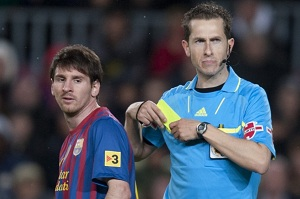 Znany arbiter spotkania Valencia-Barça