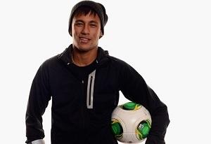 Dani Alves namawia Neymara na transfer