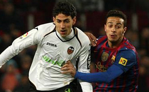 Parejo nie wystąpi z Barçą, Soldado wraca do gry