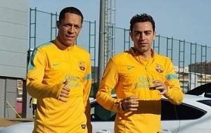Xavi, Adrino i Dos Santos trenują mimo wolnego