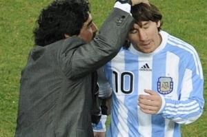 Maradona: Marzę o ponownym trenowaniu Messiego