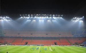 Ogromne zainteresowanie meczem Milanu z Barceloną
