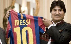 """Evo Morales chce uhonorować Messiego tytułem """"najlepszego piłkarza na świecie"""""""