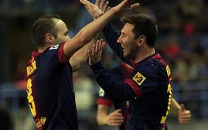 Messi i Iniesta liderują w rankingu Castrola