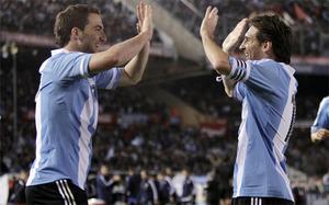 Higuaín: Pichichi? Ciężko rywalizować z Messim