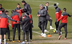 Ancelotti: Nie myślę jeszcze o Barçy