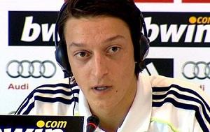 Özil: Będziemy naciskać na Barçę