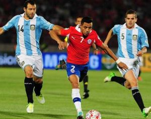 Sampaoli: Alexis jest elastyczny, może grać na trzech pozycjach w ataku