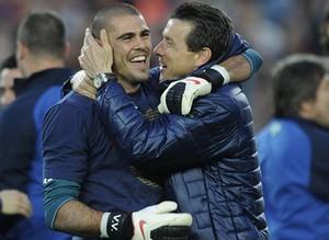 Unzué: Barcelona powinna szukać zastępcy Valdésa w lidze hiszpańskiej