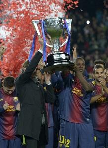 Puyol chciał, aby Tito i Abidal wznieśli trofeum