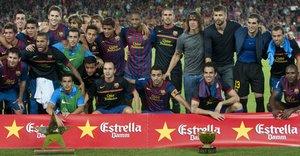 Zawodnicy Barcelony po zwycięstwie Trofeum Joana Gampera, 2011r.