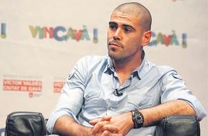 Barça czeka na oferty za Valdésa