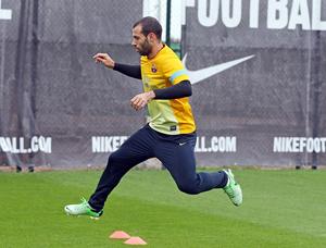 Mascherano i Valdés trenują z zespołem