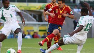 Hiszpania wygrywa z Nigerią; Alba bohaterem