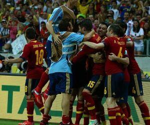 Hiszpania w finale po karnych