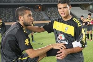 Alves: Potrzebujemy Thiago Silvę