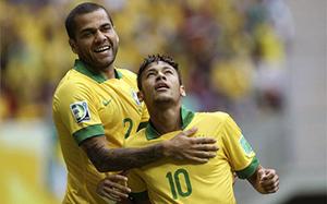 Alves i Neymar powołani na mecz reprezentacji