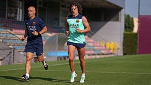 Puyol kontynuuje rehabilitację na boisku