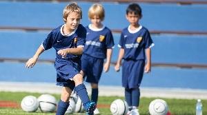 Barça otwiera nową szkółkę piłkarską w Singapurze