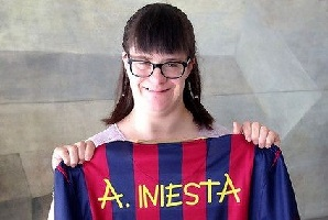 Koszulki z Pucharu Gampera na aukcji dobroczynnej