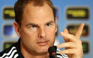 De Boer: Nigdy nie grałem przeciwko Barçy