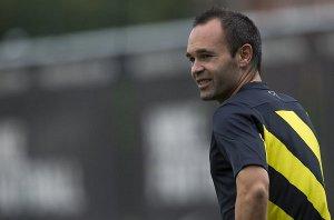 Barça boi się odnowienia kontraktu Iniesty