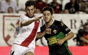 Valencia chce zapobiec transferowi Carlesa Gila do Barçy