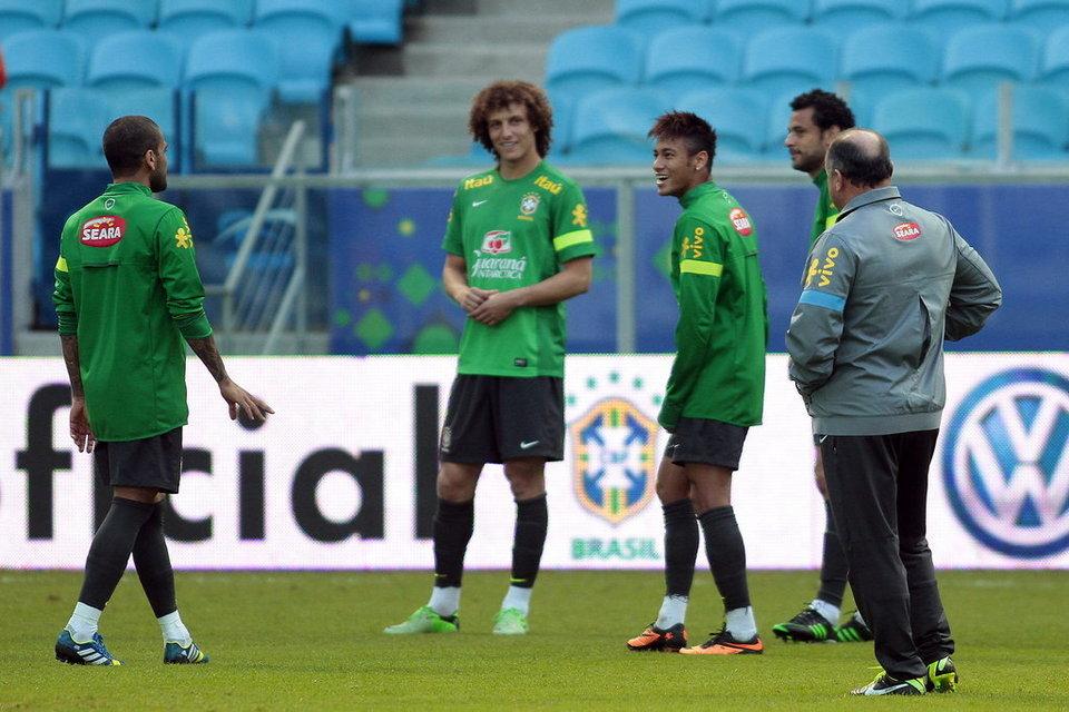 Z Neymarem i Alvesem, ale bez Adriano