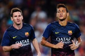 Neymar nie musi kopiować Messiego