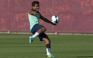 Real Sociedad proponował 5 mln euro za Dos Santosa, oferta nadal aktualna