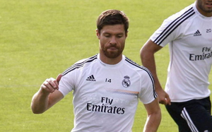 Xabi Alonso nie zagra z FC Barceloną