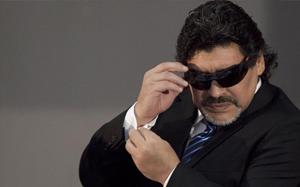 Maradona: Messi może przejść 5 rywali, a Cristiano nie